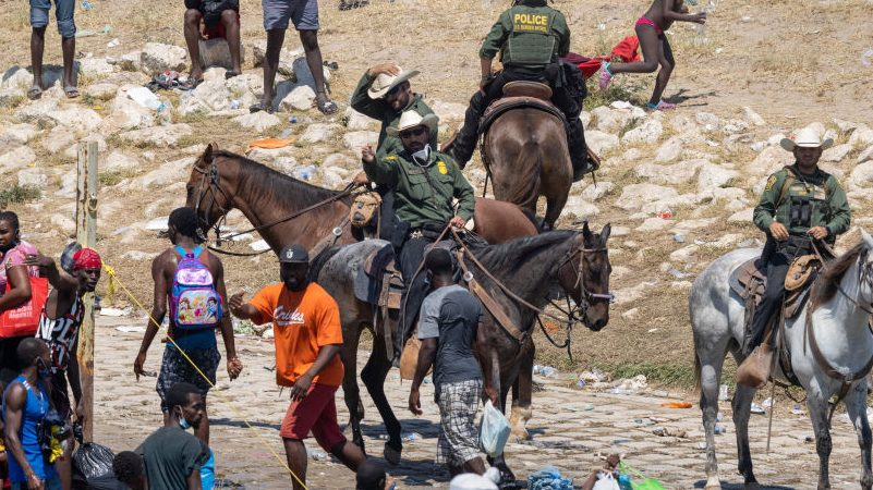 Photos of Texas Border Patrol 'Whipping' Immigrants Are Only Damning for the Media